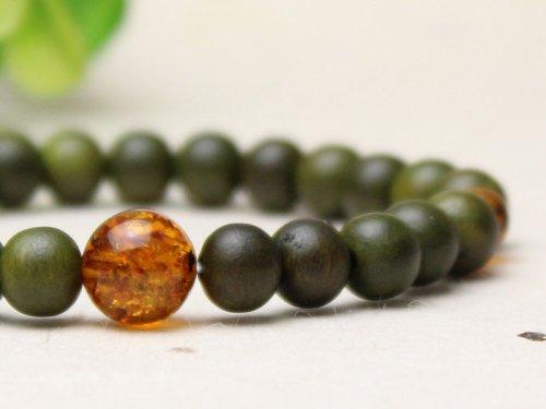 他の写真2: 8ミリ 生命樹 (緑檀) 琥珀仕立 数珠ブレスレット