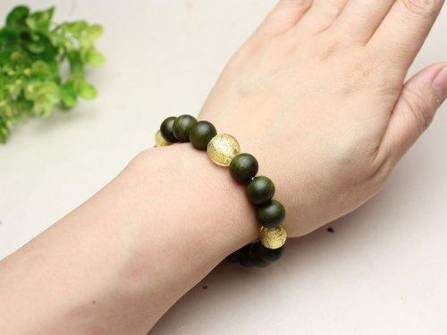 他の写真3: 10ミリ 生命樹 (緑檀) 金箔トンボ玉仕立 数珠ブレスレット