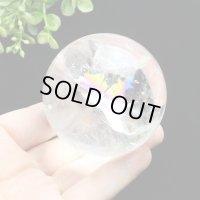 レインボー入◆水晶 丸玉 約59ミリ 置石 メール便不可