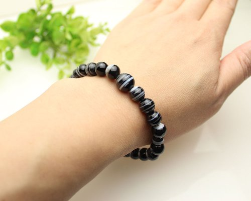 他の写真3: 大感謝セール★ 8ミリ 黒縞瑪瑙 数珠ブレスレット(念珠タイプ)