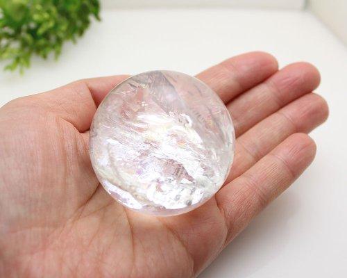 他の写真2: レインボー入 ◆ 水晶 丸玉 約49ミリ 置石 メール便不可